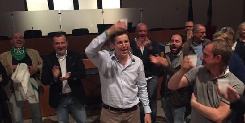 Andrea Cassani sindaco di Gallarate, batte Guenzani di 10 punti